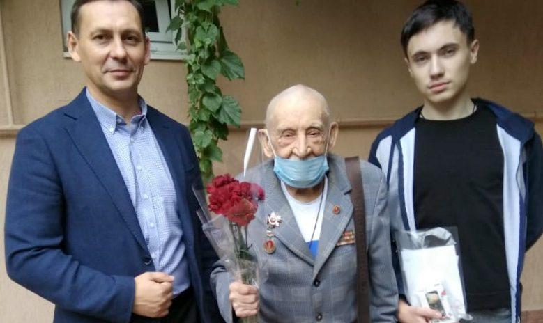 Депутат П.Г. Афанасьев принял участие в патриотической акции «Телефон Ветерану»