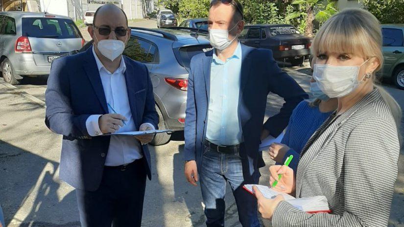 Депутаты проконтролировали ход строительства блока детского сада на ул. Донской