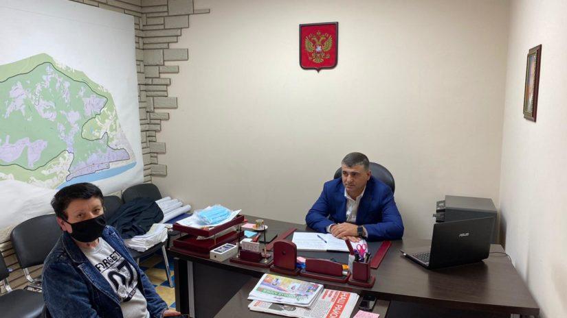 Депутат ГСС Е. Кавтарадзе провел очередной прием граждан по личным вопросам