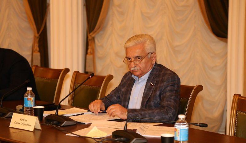 Депутат С.С. Кагосян провел заседание территориальной депутатской группы Хостинского района