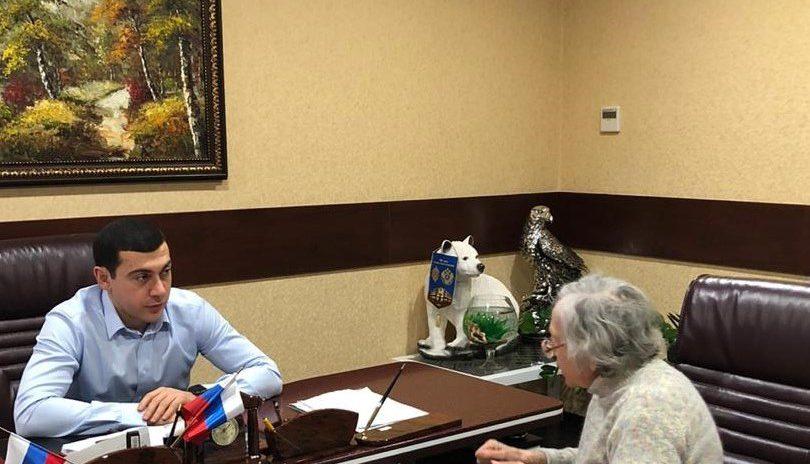 Депутат Владимир Торосян провел прием граждан