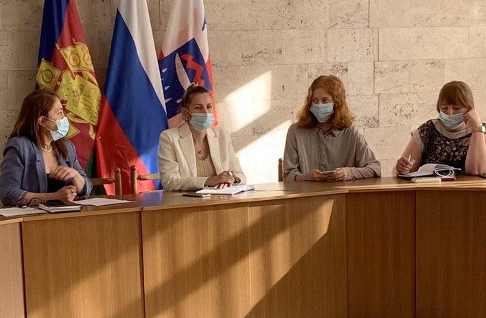 Депутат ГСС А. Невзорова: Мы поддерживаем проведение фестиваля «Хрустальный Петушок» в г. Сочи