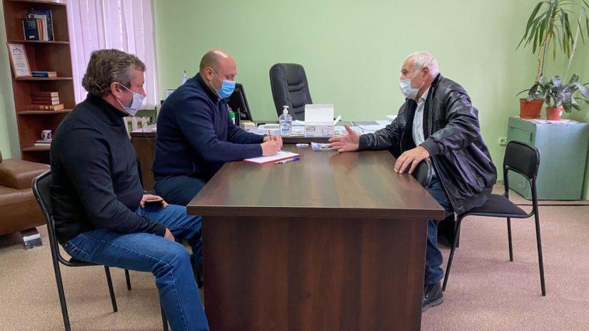 Депутат ГСC Константин Сыпало провел приём граждан в Молдовке и Чайсовхозе.