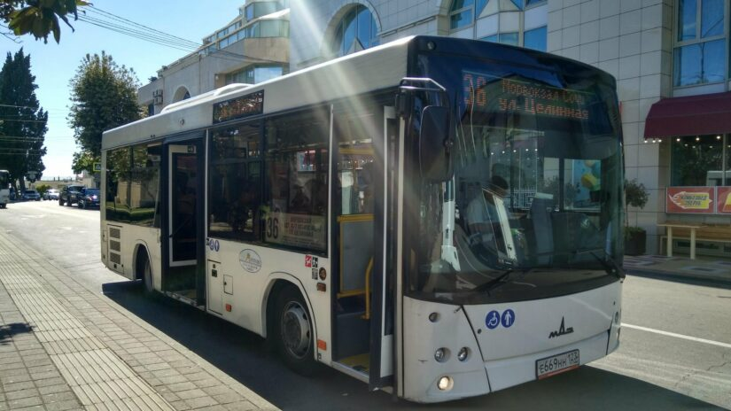 Депутат Эдуард Обухович помог оперативно восстановить автобусное сообщение с Русской Мамайкой