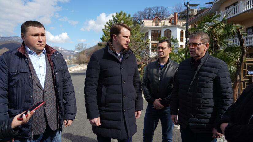 Рабочая поездка главы Сочи Алексея Копайгородского и председателя Городского Собрания Сочи Виктора Филонова в Лазаревский район