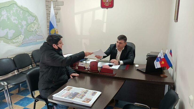 Депутат Емзари Кавтарадзе поможет жителям МКД по Гудаутской, 3 обустроить новую детскую площадку