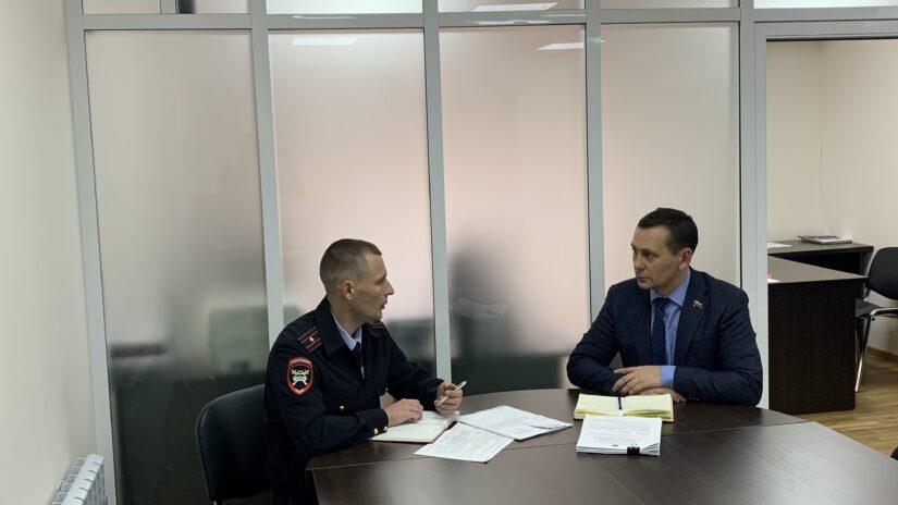 Акция партии «Единая Россия», администрации города Сочи и Госавтоинспекции города Сочи  -  «Юный пешеход» и «Внимание- дети!»