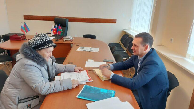 Депутат Павел Афанасьев провел прием граждан