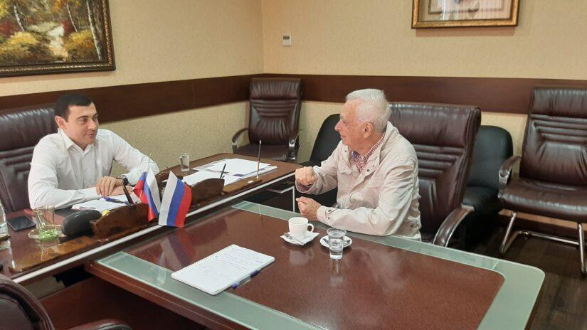 Депутат Владимир Торосян провел очередной плановый прием граждан по личным вопросам