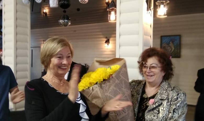 Виктор Филонов поздравил ветеранов с днем рождения