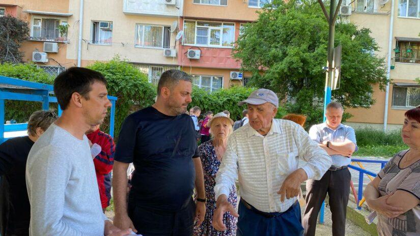 Сос Мартиросян провел очередной прием граждан