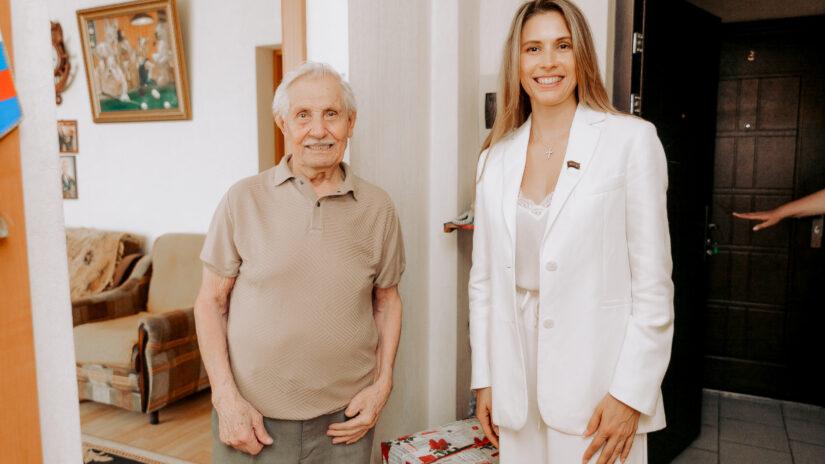 Анна Невзорова поздравила с днём рождения Героя Российской Федерации Павла Сюткина