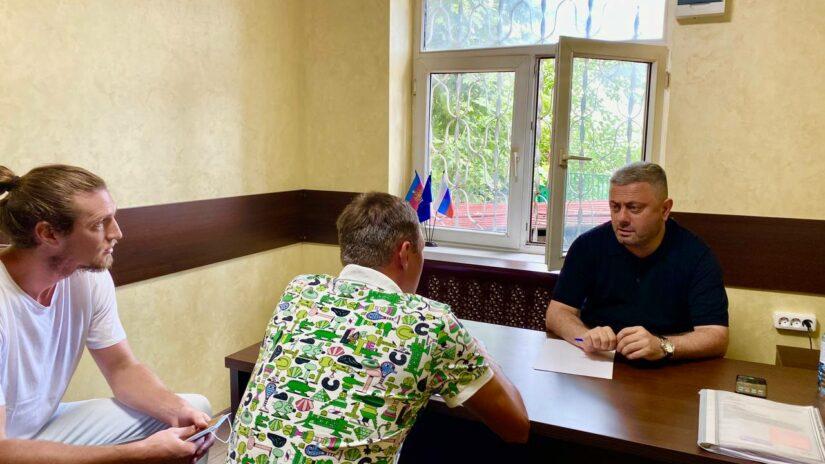 Сос Мартиросян провел прием граждан