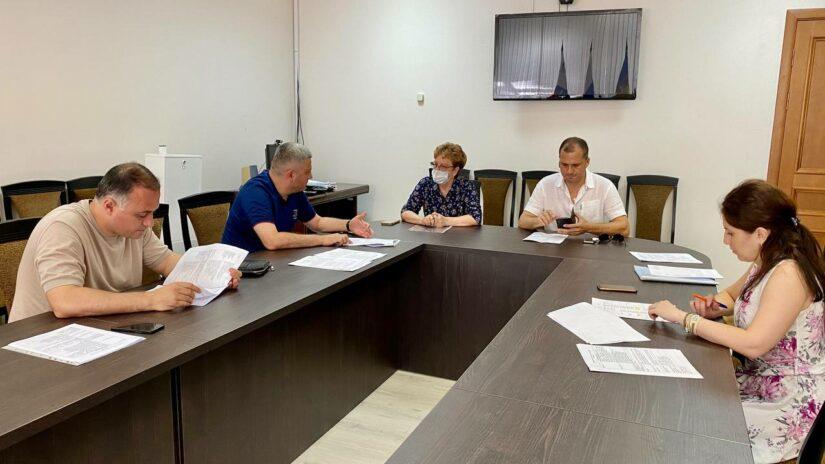 Сос Мартиросян встретился с председателями ТОС