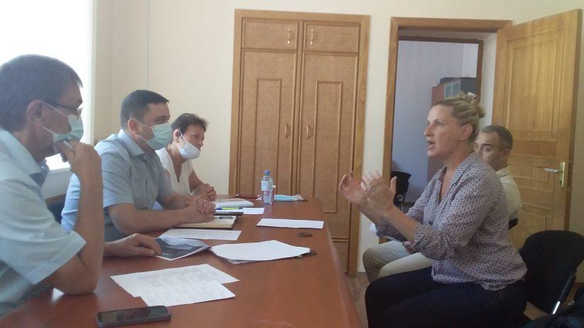 Виктор Филонов провел в мкр. Лазаревское  прием граждан по личным вопросам