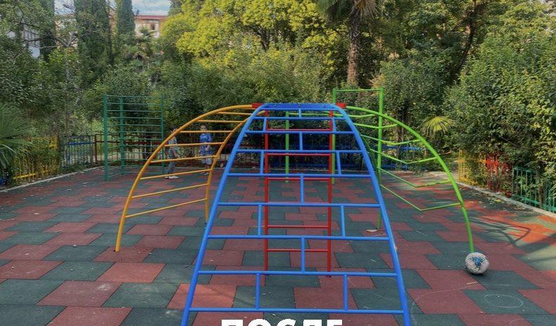 Депутаты округа «Гагаринский» провели реконструкцию детской площадки, расположенной по адресу Новосёлов,9