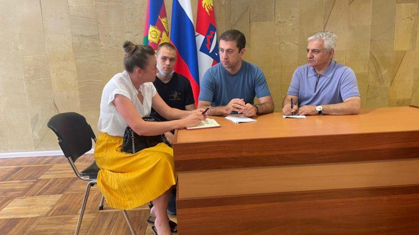 Депутаты избирательного округа № 7 «Северный» встретились с председателем ТОСа «Измайловка»