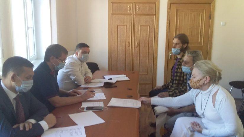Депутаты округа «Лазаревский» Виктор Филонов и Павел Афанасьев провели прием граждан по личным вопросам