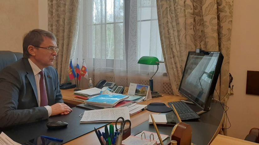 Председатель Городского Собрания Сочи Виктор Филонов вместе с депутатским корпусом принял участие во Всероссийской переписи населения